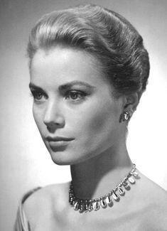 Grace Kelly: Truly One of a Kind — gatabella: Grace Kelly Hollywood Icons, Hollywood Actor, Classic Hollywood, Old Hollywood, Monaco, Princesa Grace Kelly, Robert Cummings, Beautiful People, Beautiful Women