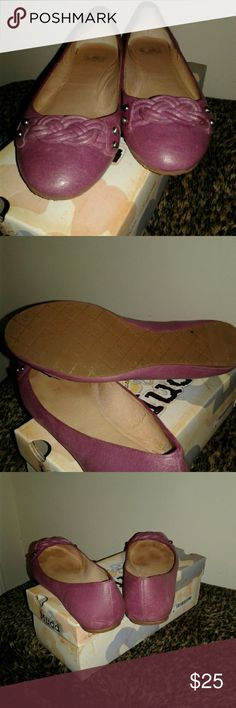 Shoes Flats with no marks, only worn a few times. Gianni Bini Shoes Flats & Loafers
