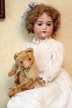 Gold Standard Porcelain China Value Key: 6745841758 Child Doll, Girl Dolls, Baby Dolls, Victorian Dolls, Vintage Dolls, Dollhouse Dolls, Miniature Dolls, Teddy Bear Pictures, Haunted Dolls