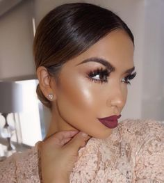 """That glow, lace and everything about this look  @iluvsarahii✨ looking stunning!!! #vegas_nay"""