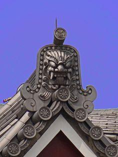 Dragon guardian Roof details of Zojo-ji Temple, Tokyo, Japan
