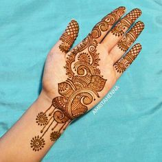 Mehndi henna designs are searchable by Pakistani women and girls. Women, girls and also kids apply henna on their hands, feet and also on neck to look more gorgeous and traditional. Palm Mehndi Design, Simple Arabic Mehndi Designs, Henna Art Designs, Mehndi Designs For Girls, Mehndi Designs For Beginners, Modern Mehndi Designs, Mehndi Design Pictures, Dulhan Mehndi Designs, Latest Mehndi Designs