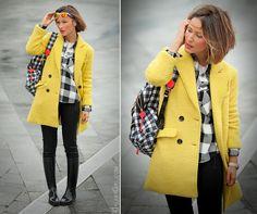 gingham shirt and yellow coat on GalantGirl.com