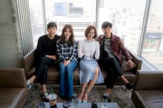 """Descendants of the Sun song joong ki, song he kyo, Kim ji won, and Jin goo"" Drama Korea, Korean Drama, Korean Celebrities, Korean Actors, Desendents Of The Sun, Kdrama, Sun Song, Songsong Couple, Sweet Couple"