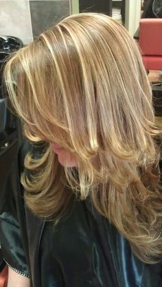 two toned blonde highlights