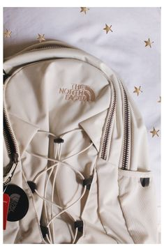 The North Face, North Face Bag, North Faces, North Face Women, Cute Backpacks For Highschool, Backpacks For High School, Teen Backpacks, Leather Backpacks, Leather Bags