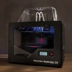The MakerBot Replicator Experimental Printer is a full-featured desktop printer for daredevils and experimenters to explore the frontiers of printing. Desktop 3d Printer, Best 3d Printer, Scaner 3d, Cnc, 3d Printing Industry, 3d Printing Service, Tech Gadgets, Geek Stuff, Prints