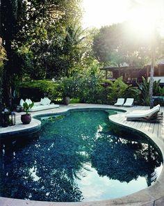 A la piscine - Lili in wonderland