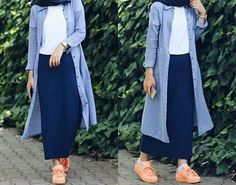 Hijab Style: Hijab fashion in comfortable style Islamic Fashion, Muslim Fashion, Modest Fashion, Girl Fashion, Fashion Outfits, Hijab Fashion Style, Casual Hijab Outfit, Hijab Chic, Modele Hijab