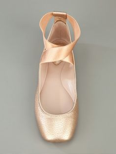 Pointe shoe flats - I love these! Now my dream of becoming a ballerina can come true!