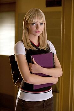 Emma Stone as Gwen Stacy in The Amazing Spider-Man. Press Pack publicity shot. #EmmaStone #GwenStacy #TheAmazingSpiderMan