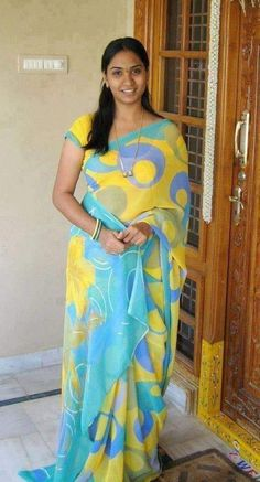 Beautiful Women Over 40, Beautiful Girl Indian, Most Beautiful Indian Actress, Marriage Girl, Dehati Girl Photo, Girl Number For Friendship, Indian Girl Bikini, Indian Wife, Tamil Girls