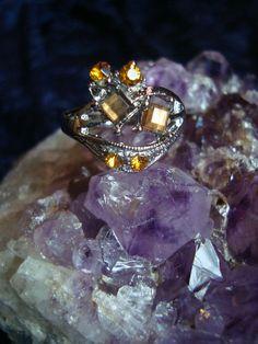 Amber stone/rhinestone ring