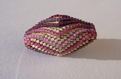 Perlenspielereien: Blooming Bead für Girlies