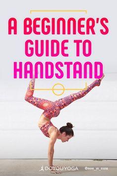 6 Tips to help you get into your handstand. Great guide for beginners! 6 Tips to help you get into your handstand. Great guide for beginners! Yoga Régénérateur, Yoga Handstand, Yoga Flow, Vinyasa Yoga, Handstands, Handstand Training, Handstand Progression, Yoga Beginners, Workout For Beginners