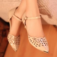 Sexy Hollow Metal Pointed-Toe Flat Shoes on BuyTrends.com