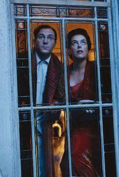 Jason Isaacs (Mr. Darling / Captain Hook) & Olivia Williams (Mrs. Darling) - Peter Pan directed by P.J. Hogan (2003) #jamesmatthewbarrie