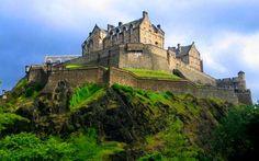 Эдинбургский замок XII век, Шотландия