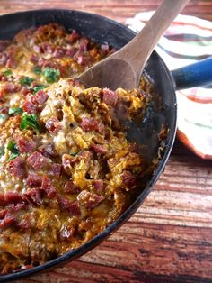 Paleo Pizza Casserole - the preppy paleo