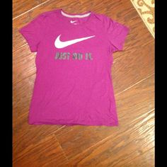 Purple Nike Slim Fit Cotton t-shirt. Size M. Purple Nike Slim Fit Cotton t-shirt. Size M. Nike Tops Tees - Short Sleeve