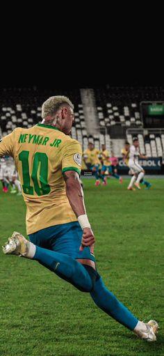 Football Images, Neymar Jr, Soccer Players, Sports, Soccer, Antoine Griezman, Football Soccer, Football Players, Hs Sports