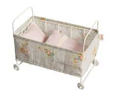 Metal baby cot by Maileg <3 <3 <3