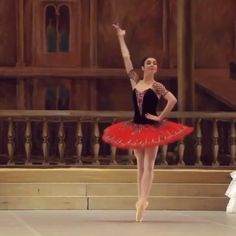 Ballet Gif, Ballet Dance Videos, Ballet Feet, Ballet Dancers, Ballet Shoes, Ballerina Costume, Ballet Costumes, The Royal Ballet, Ballerini