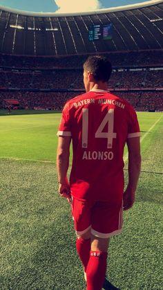 Xavi Alonso 14, español - Bayer de Munich