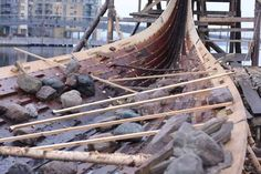 This post will mostly be pictures, some of the replica, some of the  original Oseberg ship. The last post left a board steamed, bent fitted ...