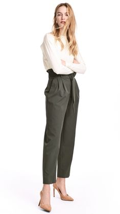 Pants in woven stretch fabric with a high, paper-bag waist with pleats and removable tie belt. Zip fly with concealed hook-and-eye fasteners, side pockets, Olive Green Pants Outfit, Olive Pants, Pantalon Vert Olive, Pantalon Costume, Paperbag Pants, Tan Pants, Trouser Outfits, Pants For Women, Clothes For Women