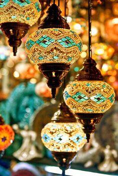 Moraccon lamp
