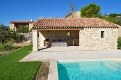 Discover our very wide range of Pool House. Your choice arises on a local . Swimming Pools Backyard, Swimming Pool Designs, Pool House Piscine, Pool House Plans, Shed Homes, Dream Pools, Mediterranean Homes, Shed Plans, Pool Houses