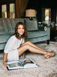Jessica Alba lounge