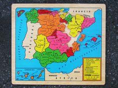 Mapa de España en madera Por provincias en puzzle. Montessori http://www.hullitoys.com/mapas/3293-mapa-de-espana-de-madera-2400000035008.html