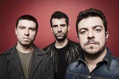 O Estúdio de Vidro do Epicentro Cultural realiza, no dia 14 de dezembro, o último Sábado Ímpar de 2013 com a banda Chimpanzé Clube Trio. A entrada para o show é Catraca Livre.