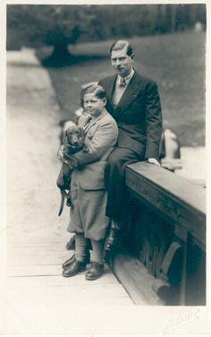König Carol II. von Rumänien mit Sohn König Michael | Flickr - Photo Sharing!