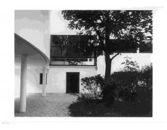 Façade of the Villa La Roche, ca. 1925    In the 20's Corbu suddenly was meeting important people; getting big commissions.  He did a great villa for the art collector Raoul La Roche.  It was designed to be filled with paintings…  It should be thought of as a place designed for the collection that Corbu and Ozenfant helped La Roche create   of work by Braque, Picasso, Leger, Gris and Le Corbusier himself.