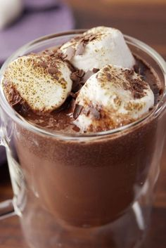 Let your Crock-Pot prepare your party drinks. Informations About Crock-Pot Red Wine Hot Cocoa Pin You can easily use my … Hot Cocoa Recipe, Cocoa Recipes, Dessert Recipes, Yummy Drinks, Yummy Food, Tasty, Slow Cooker Recipes, Cooking Recipes, Cooking Tv