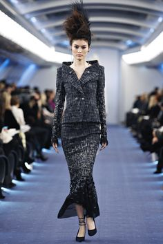 Chanel Spring 2012 Couture Fashion Show - Sui He (OUI)