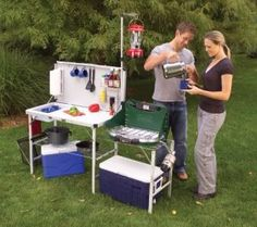 How to Set Up a Campsite Kitchen