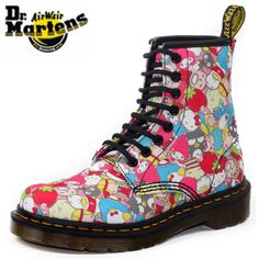 Doc Martens - What are they and how do you wear them? Dr. Martens, White Doc Martens, Doc Martens Boots, Moto Boots, Ugg Boots, Combat Boots, Cheap Snow Boots, Martin Shoes, Shoe Company