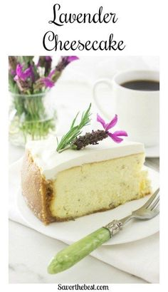This creamy, dreamy Lavender Cheesecake has a light, floral flavor from crushed, dried lavender buds. A thick layer of sweetened sour cream tops it off. Fancy Desserts, Low Carb Desserts, No Bake Desserts, Healthy Desserts, Delicious Desserts, Dessert Recipes, Strawberry Desserts, Sour Cream Cheesecake Topping, Lavender Recipes