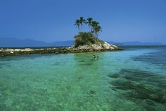 Clique na foto para buscar hotéis em Angra dos Reis!