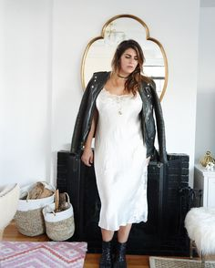 No matter which online store you will choose to buy fashion nova plus size dresses, the aim of all these stores is to make plus size women more beautiful. Fashion Nova Plus Size, Plus Size Womens Clothing, Size Clothing, Curvy Fashion, Girl Fashion, Womens Fashion, Ladies Fashion, Bridal Fashion, Fashion Spring