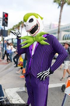 The 40 Most Insane Cosplays At San Diego Comic-Con 2015 - Joker Skellington
