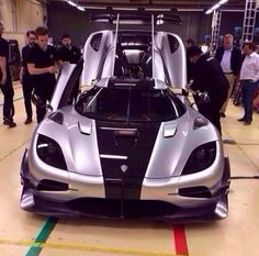 Exclusive: leaked pictures of the Koenigsegg Agera One:1- Click on the link to be the 1st see this rare beauty