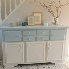 Salon Style, Paint Furniture, Restoration, Sweet Home, Cabinet, Living Room, The Originals, Storage, Table