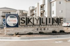 Enjoy the best luxury apartments Boise has to offer. Explore the features that make luxury living the standard at Arrive Skyline, including our fitness center and TV lounge!