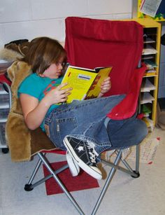 Reading workshop resources in Laura Candler's online file cabinet - loads of freebies!