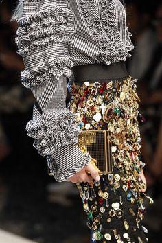 ZsaZsa Bellagio — notordinaryfashion: Dolce & Gabbana S/S 2017